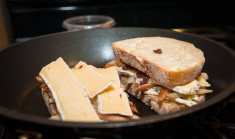 130216_grill_cheese_9161